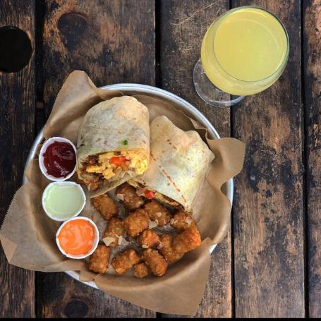 burrito with potatoe tots
